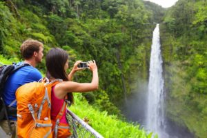 bigstock-Couple-tourists-on-Hawaii-by-w-43917163